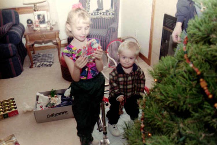 Matt-and-Dani-Christmas