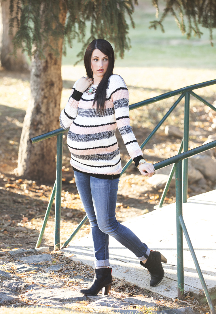 Striped-Maternity-Sweater-1