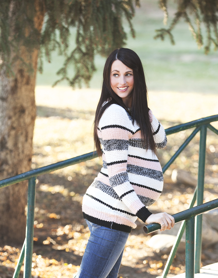 Striped-Maternity-Sweater-2