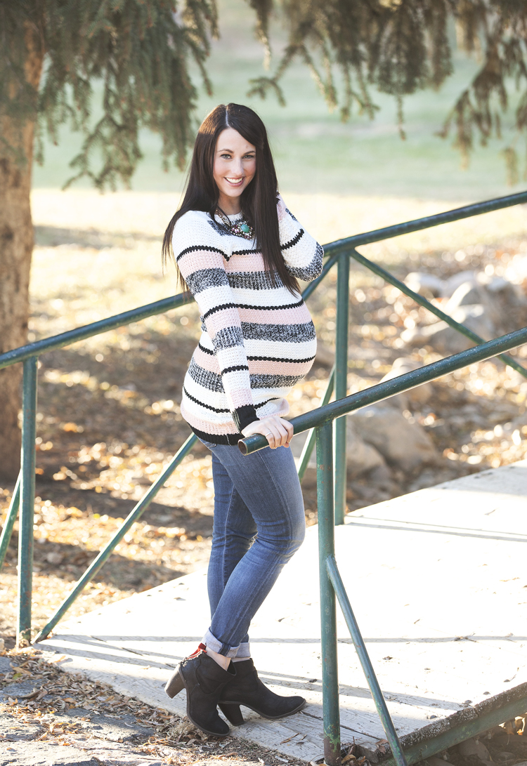 Striped-Maternity-Sweater-4