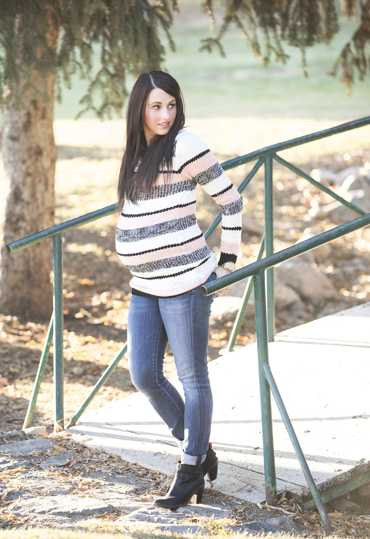 Striped-Maternity-Sweater-5